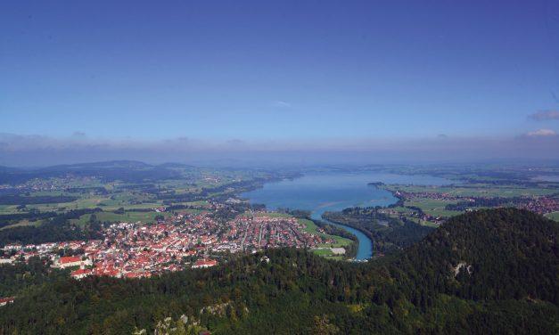 Dreiländereck und die Höhlenburg Loch