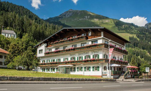 """Hotel Gasthof """"Post"""" in Elbigenalp"""
